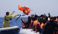 Number of migrants reaching Italy surpasses the totals for Greece