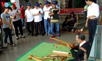Dak Lak museum provides hand-on experiments with traditional handicraft