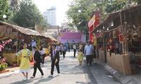Busy Tet preparations across Vietnam