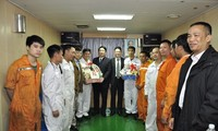 Trade Union subsidizes workers' Tet celebrations