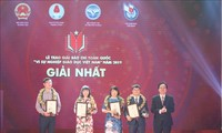 Best press works for the cause of Vietnamese education honored