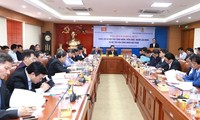 Hanoi conference discusses social welfare for workers, trade unions' role