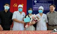 Three more coronavirus patients discharged from Vietnam's hospital