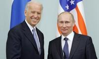 US President hopes to meet Putin in June