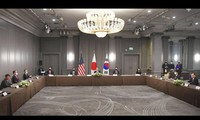 Japan, US, South Korea push for total denuclearization of North Korea