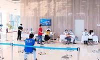 Hanoi taps private health facilities for COVID-19 fight