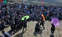 Gau Tao-Frühlingsfest am Bergfuß Ngu Chi Son