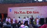 Tag der vietnamesischen Gedichte im ganzen Land