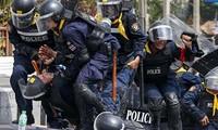 Zivilgericht in Bangkok verbietet Anwendung von Gewalt gegen Demonstranten