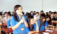Informationen über das Parlament für Studenten verstärken