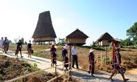 Kultur- und Tourismusdorf der vietnamesischen Völker – ein attraktives Touristenziel