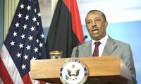 Libyens Ministerpräsident Abdulla al-Thinni tritt im Amt