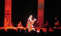 """To nu dan ca"" – Momente des Cheo-Theaters auf moderner Bühne"