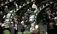 Iranisches Parlament bildet Kommission für Überprüfung der Atomvereinbarung