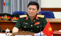 Generalleutnant Ngo Xuan Lich und Vizeverteidigungsminister Do Ba Ty werden zum General befördert