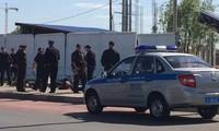 Russland: mehr als 200 Menschen nehmen an Massenschlägerei in Moskau teil