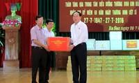Staatspräsident Tran Dai Quang besucht Kriegsversehrte der Provinz Ha Nam