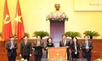 Parlamentspräsidentin Nguyen Thi Kim Ngan nimmt an Konferenz des Parlamentsbüros teil