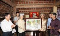 KPV-Generalsekretär Nguyen Phu Trong besucht Provinz Hoa Binh