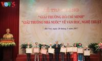 Staatspräsident nimmt an der Verleihung des Ho Chi Minh-Preises teil