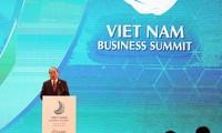 Eröffnung des Wirtschaftsgipfels Vietnams