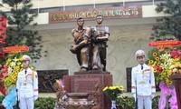 Einweihung des Denkmals der Soldaten und bewaffneten Streitkräfte Saigons