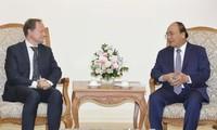 Premierminister Nguyen Xuan Phuc empfängt EU-Botschafter in Vietnam