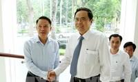 Vorsitzender der Vaterländischen Front Vietnams beglückwünscht Pressebehörde