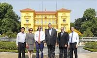 KPV-Generalsekretär Nguyen Phu Trong empfängt hochrangige Delegation der dominikanischen Republik