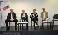 Vietnam verfolgt das offene Handels- und Investitionsumfeld