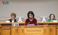 Vietnam appelliert an Frauen in der Welt, die internationale Zusammenarbeit zu erweitern