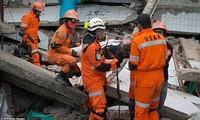 Tsunami in Indonesien: Verstärkung des Einsatzes der Rettungskräfte in Palu