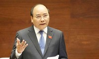 Premierminister Nguyen Xuan Phuc:Vietnam beharrt auf Stabilisierung der Makrowirtschaft