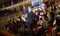 Premierminister Nguyen Xuan Phuc nimmt an der Eröffnungsfeier des nationalen Sportfestivals teil