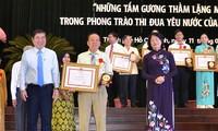 Ho Chi Minh Stadt ehrt 96 Vorbilder der patriotischen Kampagnen