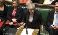 Brexit: Britische Premierministerin verstärkt den Druck auf die EU