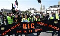 Frankreich: Die Gelbwesten demonstrieren weiterhin in vielen Städten