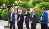 Vietnamesische Vertretungsbüros im Ausland feiern große Feste des Landes
