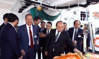 Premierminister Nguyen Xuan Phuc besucht Produktionsmodelle einiger großer Konzerne in Norwegen