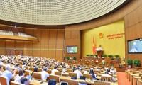 Parlamentssitzung: Erkennen von Herausforderung zur Planung der sozialwirtschaftlichen Entwicklung