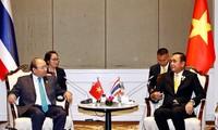 """Premierminister Nguyen Xuan Phuc mit dem Interview der thailändischen Tageszeitung """"The Nation"""""""