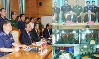 Premiermister Nguyen Xuan Phuc tagt mit dem Oberkommando der vietnamesischen Seepolizei