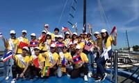 """Teilnehmer des """"Gesangswettbewerbs ASEAN+3"""" reisen zur Ha-Long-Bucht"""