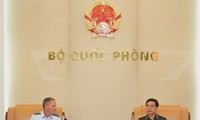 Aufrechterhaltung der effektiven Verteidigungsbeziehungen zwischen Vietnam und USA