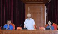 KPV-Generalsekretär, Staatspräsident Nguyen Phu Trong trifft vorbildliche junge Parteimitglieder