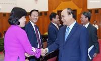 Premierminister Nguyen Xuan Phuc empfängt vietnamesische Botschafter der Amtszeit 2019-2022