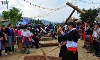 Day-Kuchen im Leben der Volksgruppe der Mong im Nordwesten