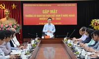 Leiter der Zentralabteilung für Aufklärung und Erziehung trifft Leiter vietnamesischer Vertretungen im Ausland