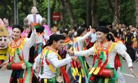 """Fest zur Begrüßung der Anerkennung Hanois als """"Kreative Stadt für Design"""" durch UNESCO"""