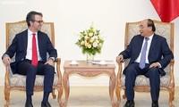 Premierminister Nguyen Xuan Phuc trifft Leiter der EU-Delegation in Vietnam